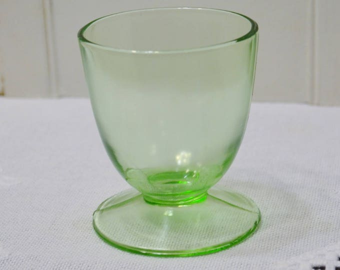 Vintage Green Glass Footed Tumbler Short Cup Depression Vaseline Glass Retro Glassware Stemware Panchosporch