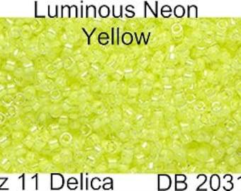 Delica Sz 11 Luminous Yellow / 15 Grams