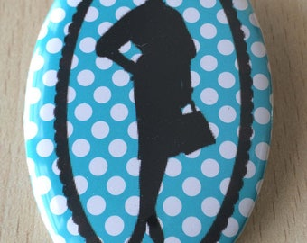 badge / brooch vintage silhouette fashion 24