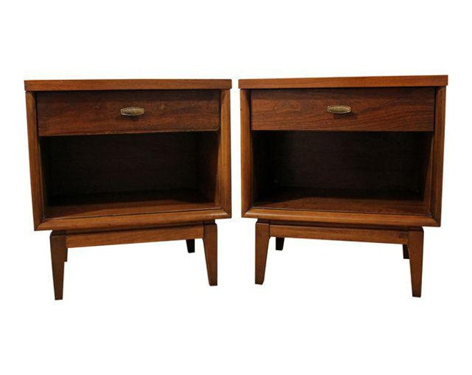 Pair of Mid-Century Danish Modern 1-Drawer Walnut Nightstands/End Tables #23