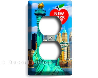 statue of liberty NYC New York City Manhattan skyline sky big apple duplex outlet wall plate cover living room NY USA bedroom office decor