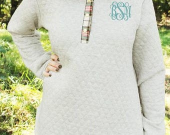 Quilted Pullover/Sweatshirt with Elbow & Collar Detail