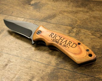 Personalized Engraved Knife - Wooden Engraved Pocket Knife - Gift for Groomsmen Father of the Bride Best Man Anniversary Gift - Fathers Day