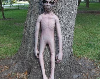 4.5 ft Life Size Hand Painted Alien Grey UFO Body halloween Prop Roswell Statue Xfiles