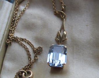 VINTAGE 9 ct Gold Topaz Pendant & Chain Art Nouveau Lavaliere Necklace, Cushion Cut Topaz. Hinged Setting