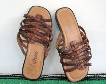ON SALE 90s Woven Brown Leather Slides Slip on Sandals Flats Size 9 Wide Strappy Braided Flat Sandal