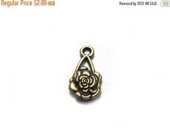 HALF PRICE 10 Gold Flower Charms