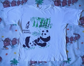 Vintage 80's Hong Kong Souvenir T shirt, size Medium Japan pandas animal print