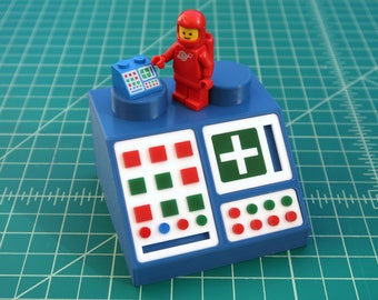 Giant LEGO Computer - Classic Space Type 1 - x5 Supersize!