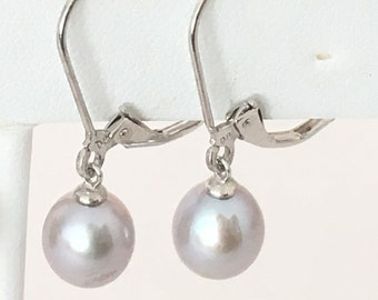 Pale Blue Pearlescent Pearl Dangle Earrings 925 Sterling Silver gw17-107