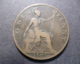 Great Britain 1901 one penny coin, Queen Victoria, an ideal gift or for craft or jewellery making in good used (circulated) condition.