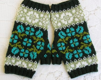 Hungarian Rose Fingerless Gloves - Mitts - Adult Women - Hungarian Embroidery Designs