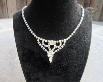 Gorgeous vintage clear crystal rhinestone necklace - estate jewelry