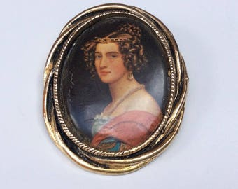 Pretty Renaissance Style Lady Portrait  Brooch