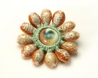 Vintage Handmade Tiger Cowrie Seashell and Macrame Sun-Burst Pin Brooch Unique