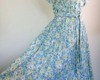 Vintage 70s floral cotton dress pleated skirt size M/L