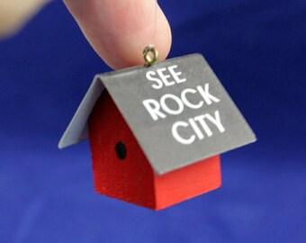 Dollhouse Miniature 1 Inch scale See Rock City Birdhouse