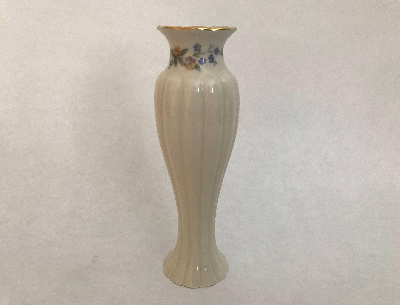 Lenox china bud vase vintage lenox ivory porcelain bud vase with lenox china bud vase vintage lenox ivory porcelain bud vase with 24k gold trim reeded body pastel flowers around top gold mark floridaeventfo Choice Image