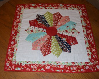 """Quilted  Dresden Plate Table Topper  24"""" sq"""
