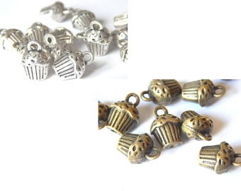 10 charms shaped cupcake 14x10mm silver or bronze color
