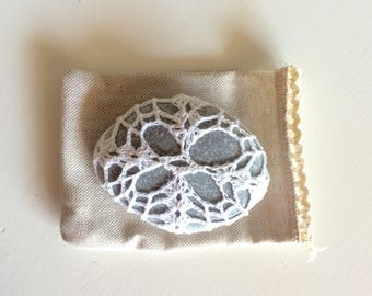 Lace stone made in Italy, white Crochet Covered Stone, faith cushion, Paperweight, Home Decor, Beach Wedding, wedding favor, Wedding favor