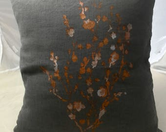 Cushion linen washed 45 cm X 45 cm dark gray with a delicate Japanese cherry