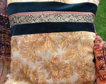 Thrifty OOAK Floral Cushion Cover