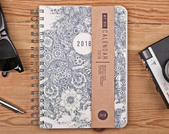 2018 Daily Planner with a high quality paper! Floral Doodle A5 Diary! Weekly Calendar Calendario Kalender Agenda Journal! Open-dated