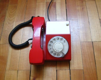 Working vintage rotary phone, vintage phone, red phone, vintage telephone, iskra, working rotary phone, 1970s, retro phone, Yugoslavia