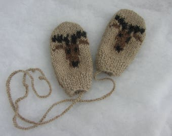 All natural alpaca baby mittens. Size 12 months.