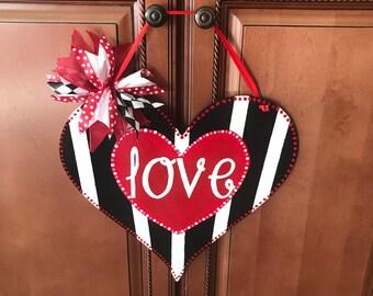 Valentines door hanger .