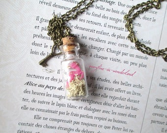 pretty little DOE pink vial necklace