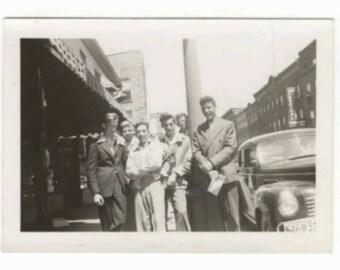 Vintage 1940s B&W Snapshot Photo Teenagers Boys Gang Rockabilly British