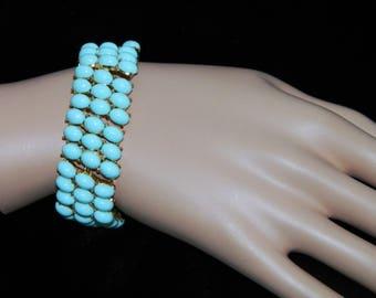 1950s Crown Trifari Bracelet in Robin's Egg Blue Turquoise Glass / 50s molded glass bracelet
