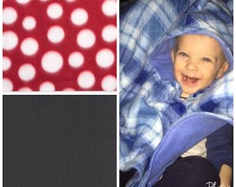 Car seat poncho, fleece poncho, carseat blanket, toddler poncho, baby poncho, carseat poncho, polka dot poncho, wearable blanket