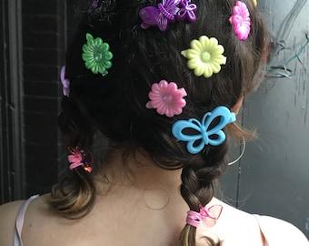 Lot of super kawaii 90s hair clips