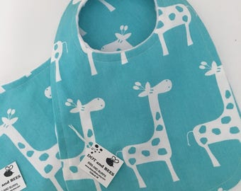 Cheerful Aqua Giraffe Baby Bib and Burp Cloth Set !  FREE SHIPPING!!!!