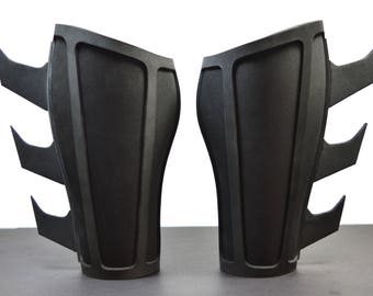 Batman Begins Gauntlets - Multiple Sizes Available