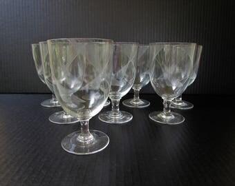Modernist Etched Wine or Water Goblets 8 Piece Set - Mid Century Modern - Modern Geometric Linear Pattern - Vintage Stemware Wine Glass