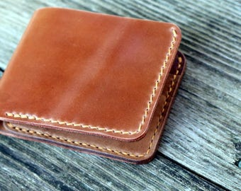 Horween Shell Cordovan Men's Traditional Leather Bifold Wallet (natural)