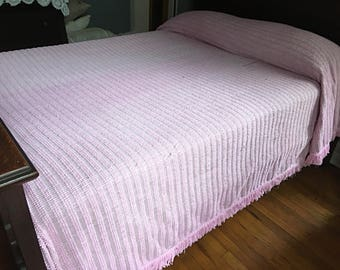VINTAGE CHENILLE BEDSPREAD, Pink Chenille Bedspread, Mid-Century Chenille Bedspread, Full Chenille Bedspread, Pink Bedspread, Chenille