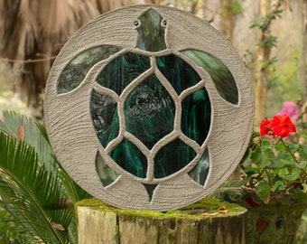 "Sea Turtle Stepping Stone, Large 18"" Diameter Made with Concrete and Stained Glass, Perfect for Your  Patio or Backyard Garden Path #817"