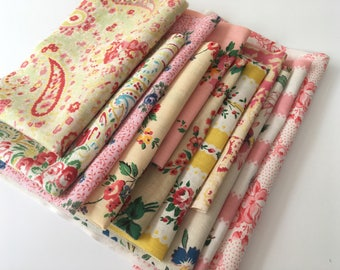 Vintage Eiderdown floral fabric scrap pack for projects crafts sewing patchwork