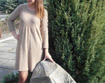 "Dress ""Warm Beige"""