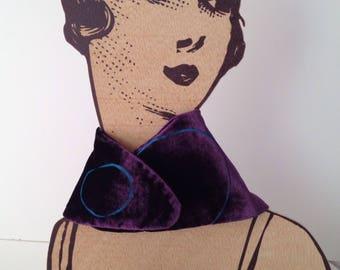 Silk velvet.  Neck Dyed by hand. Velvet scarf. Handmade and designed. Velvet hand design. Winter wedding. Burnout velvet