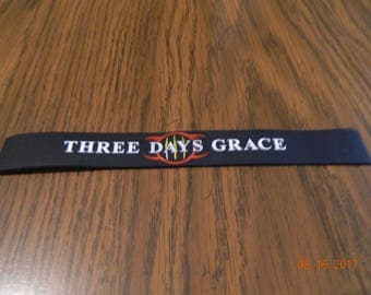 "MIP-""Three Days Grace "" Rubber Wristband one size fits most"