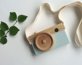 Wooden kids toy camera