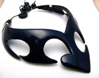 Plastron, Choker, dark blue echancre polymer