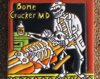 "Talavera pottery Day of the Dead Chiropractor Hi RELIEF Mexico 4"" X 4"""