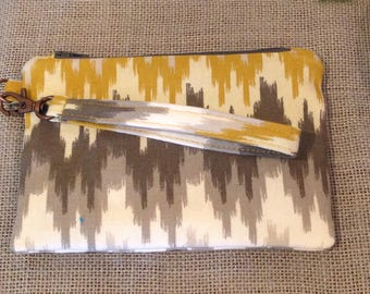 Modern puttern Wristlet Yellow and Gray